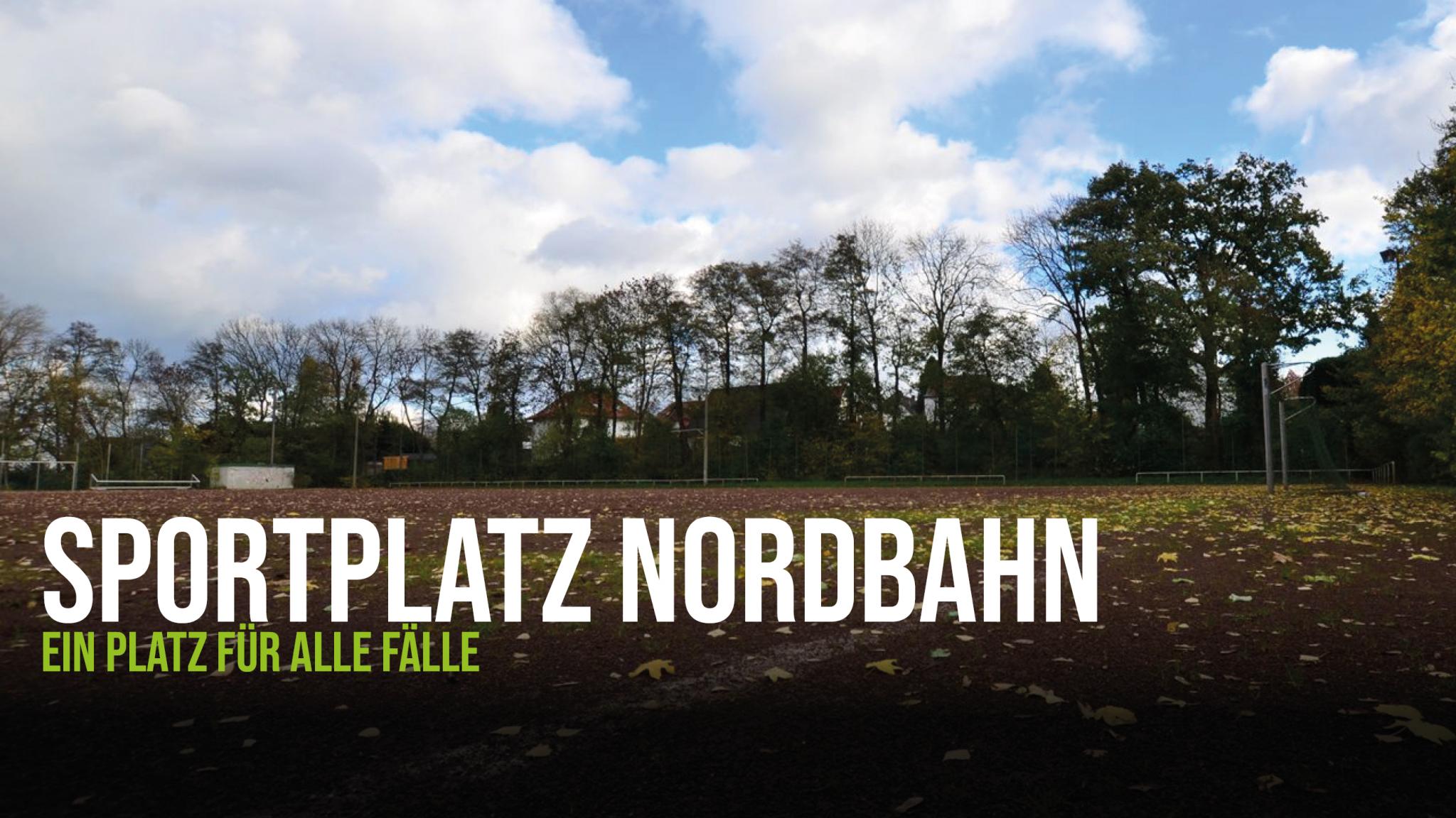 Blick auf den Sportplatz an der Nordbahn, ein Ascheplatz, der als Ausweichplatz für den FC Löhne-Gohfeld dient.